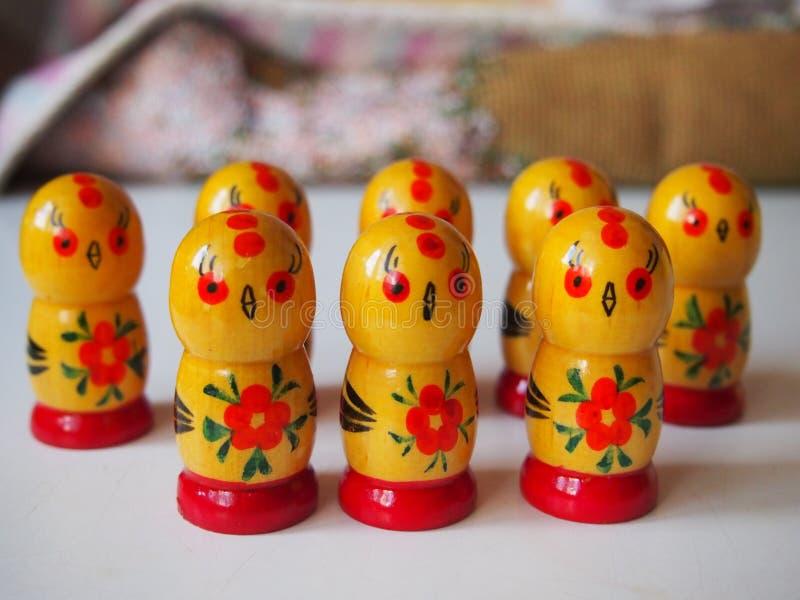 Leuke houten kippen royalty-vrije stock fotografie
