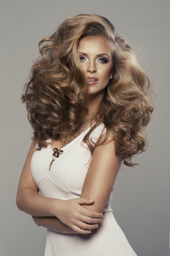 Leuke sexy blonde vrouw stock afbeelding