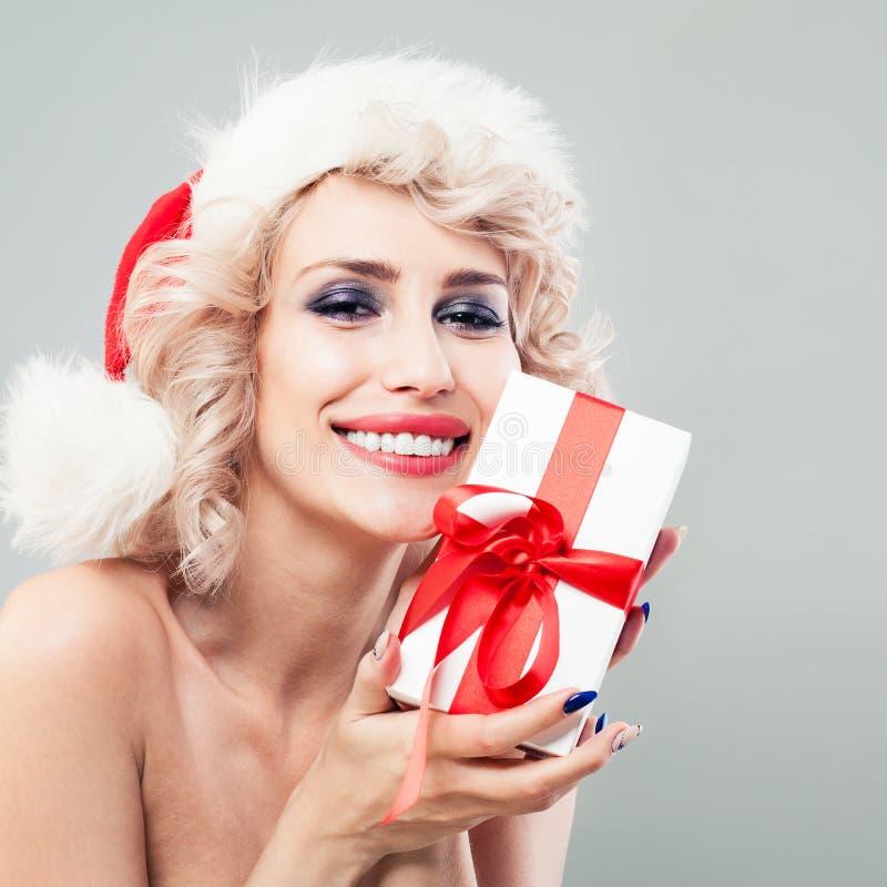 Leuke Vrouwenmannequin met Blonde Golvend Haar stock fotografie