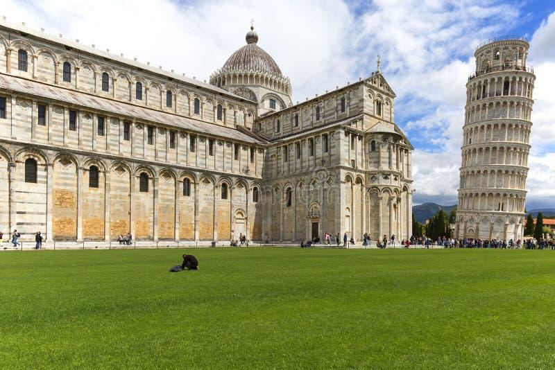 Leunende Toren van Pisa en de Kathedraal van Pisa, Pisa, Italië stock afbeeldingen