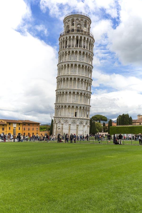 Leunende Toren van Pisa, Piazza del Duomo, Pisa, Italië royalty-vrije stock fotografie