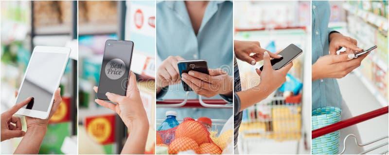 Leute, die Einkaufen-apps verwenden stockfotos