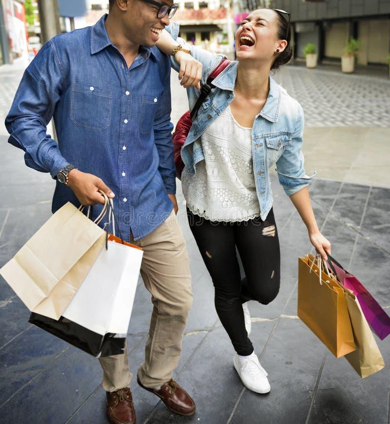 Leute-Einkaufsausgaben-Kunden-Verbraucherschutzbewegungs-Konzept stockbild