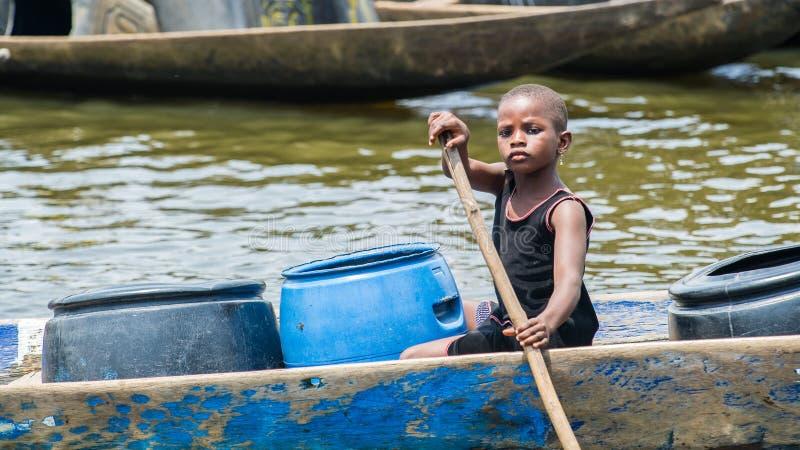 Leute im PORTO-NOVO, BENIN lizenzfreies stockfoto