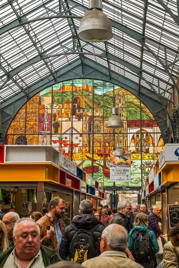 Leute im zentralen Markt stockbilder