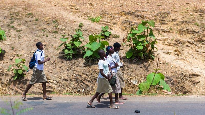 Leute in Kara, TOGO lizenzfreie stockfotografie