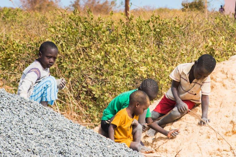 Leute in Senegal, Afrika lizenzfreie stockbilder