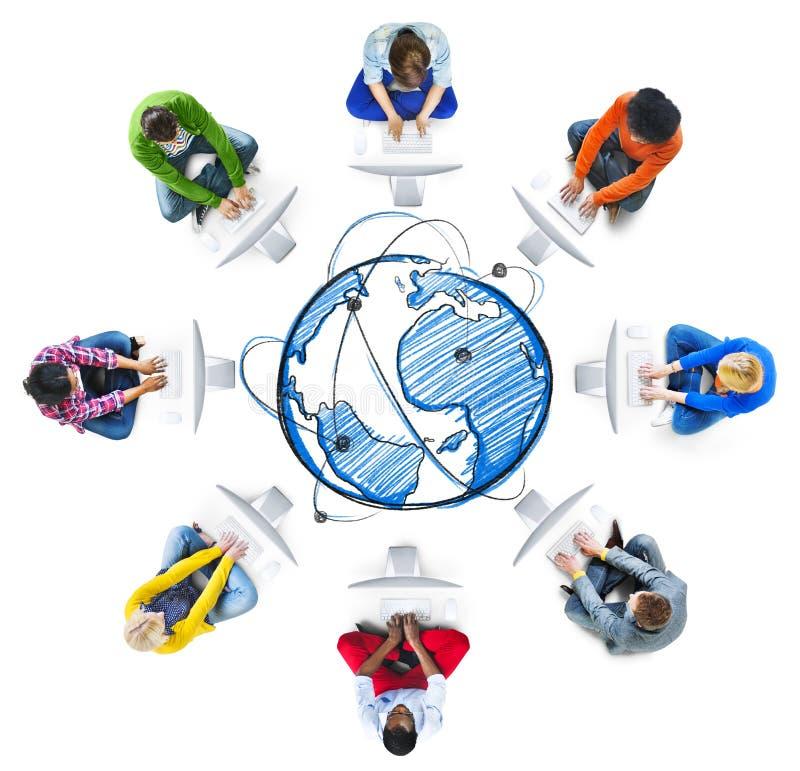 Leute-Social Networking-und Computernetzwerk-Konzepte lizenzfreies stockbild