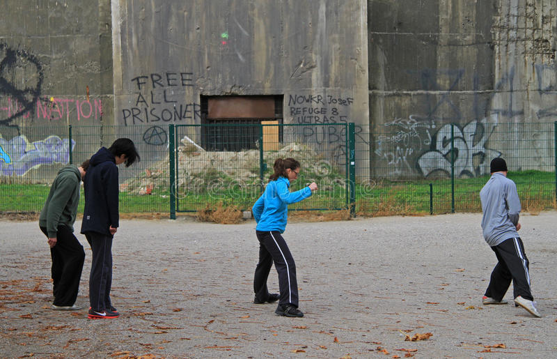 Leute trainieren im Park von Wien, Österreich lizenzfreie stockfotos