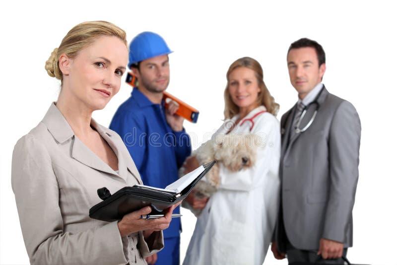 Leute von den verschiedenen Beschäftigunghintergründen stockfotografie