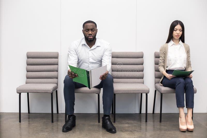 Leute WarteJob Interview Concept stockfoto