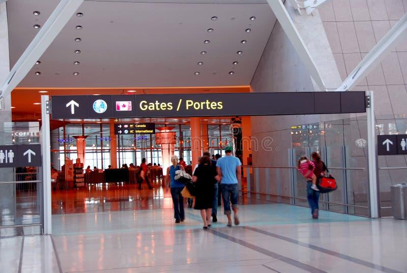 Leutegatterflughafen lizenzfreies stockbild