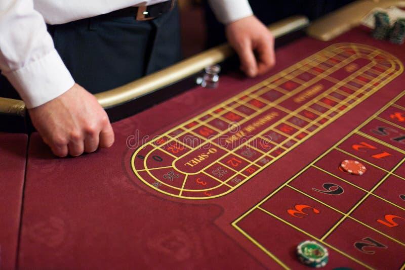 Leutespiel-Kasinospiele stockbilder