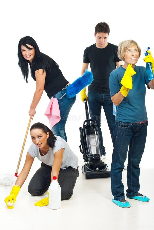 Leuteteamwork-Reinigungshaus stockfotografie