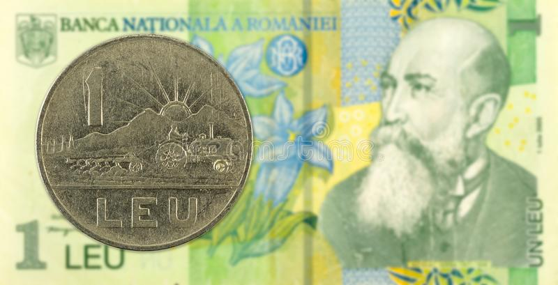 1 lev muntstuk tegen 1 Roemeense leu bankbiljetobvers royalty-vrije stock afbeelding