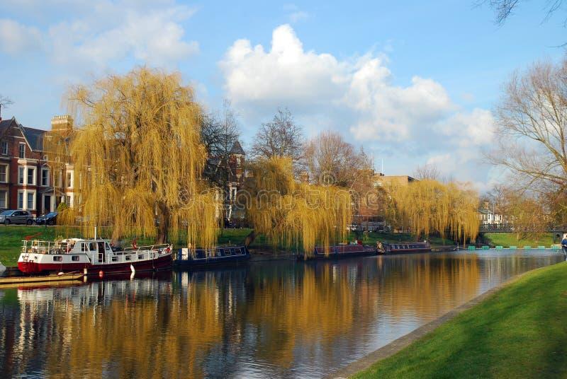 Leva del río en Cambridge, Reino Unido imagenes de archivo