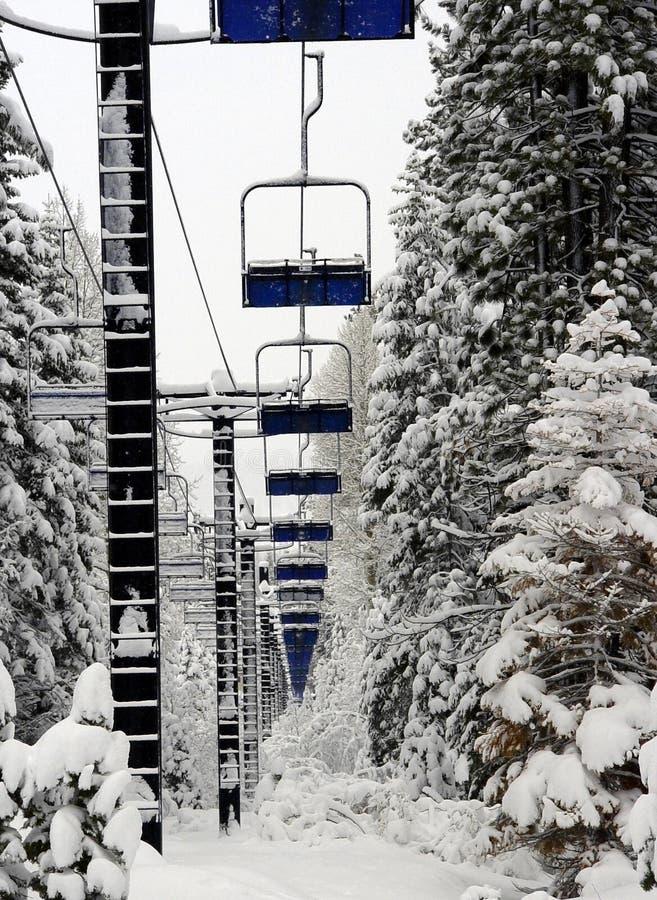 Levage de ski vide photographie stock libre de droits