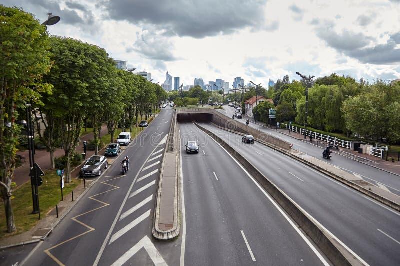 Levallois-Perret, Grand Paris, Francja, drogowy ruch drogowy zdjęcie royalty free