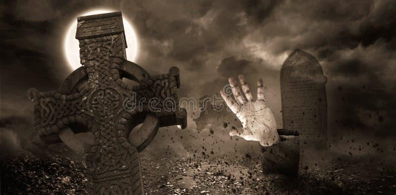 Levande dödhand som brister från graven arkivfoto
