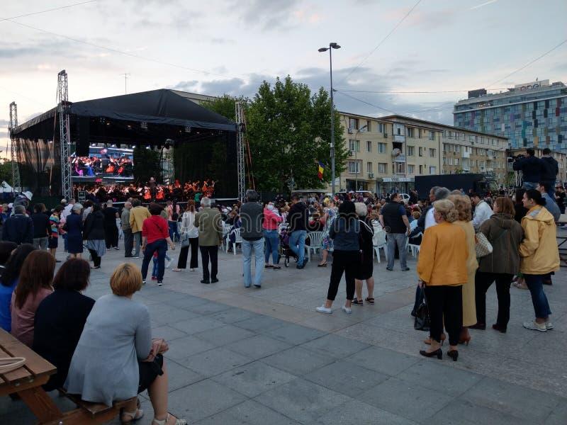 Levande operakonsert i PiteÈ™ti, Rumänien Maj 2018 royaltyfri foto