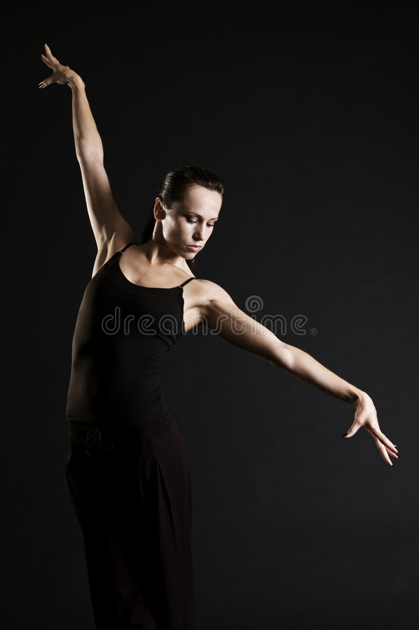 Levantamento bonito da bailarina foto de stock royalty free