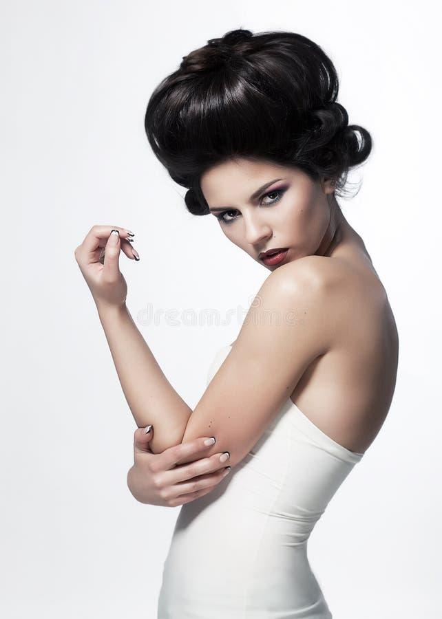 Levantamento bonito 'sexy' da mulher. Estilo do vintage imagens de stock royalty free