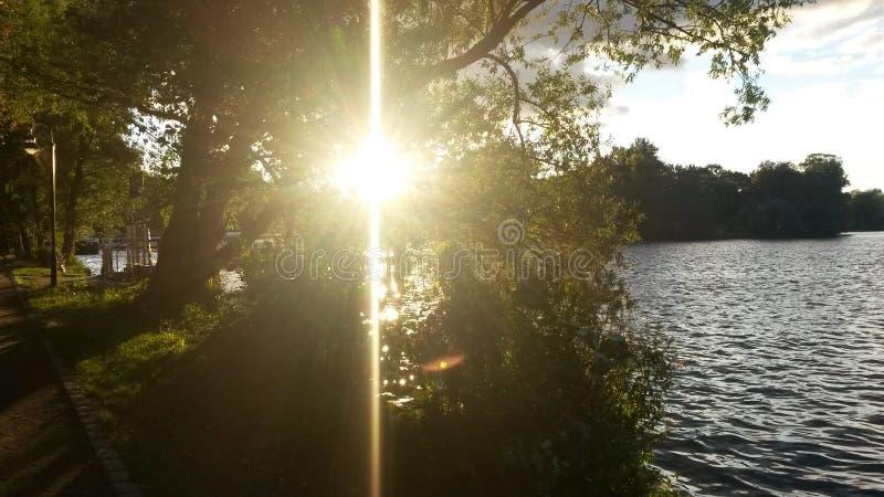 Levantamiento Sun imagenes de archivo
