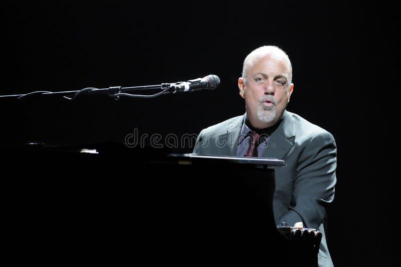 Levend presteren van Billy Joel. royalty-vrije stock afbeeldingen
