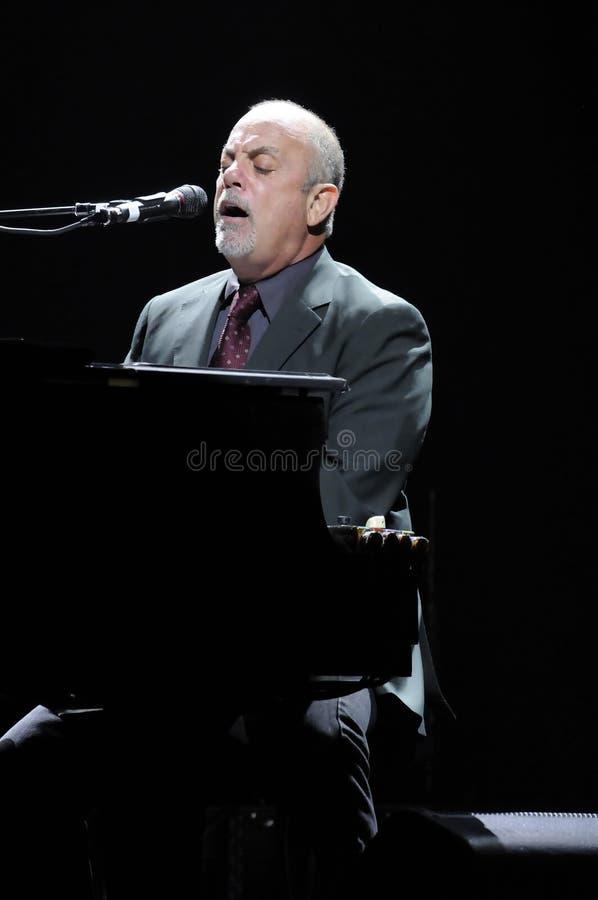 Levend presteren van Billy Joel. stock afbeelding