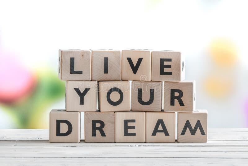 Levend uw droomwoorden op een lijst stock foto