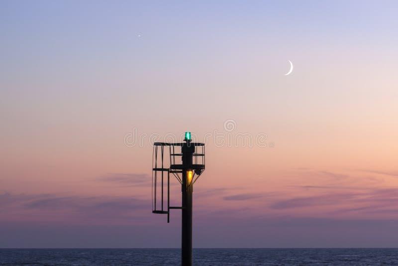 Lever de la lune dans Ustka image libre de droits