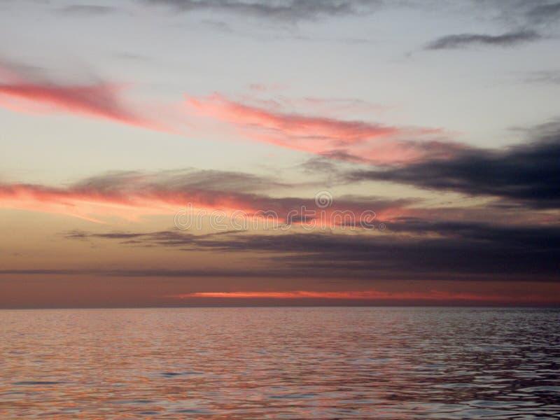 Lever de soleil à l'équateur, pagos de ¡ de Galà photographie stock