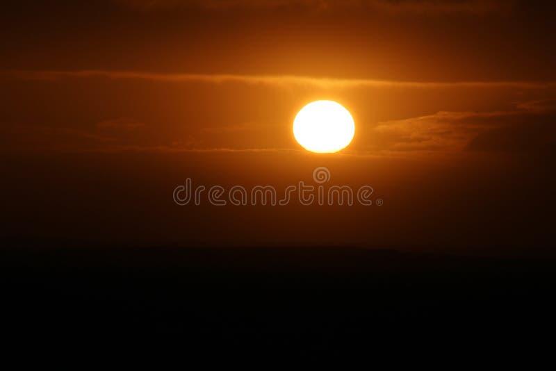 Lever de soleil à la baie de Galway photos libres de droits