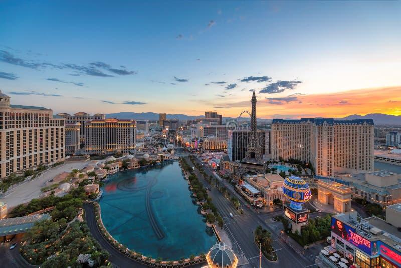 Lever de soleil à la bande de Las Vegas images libres de droits