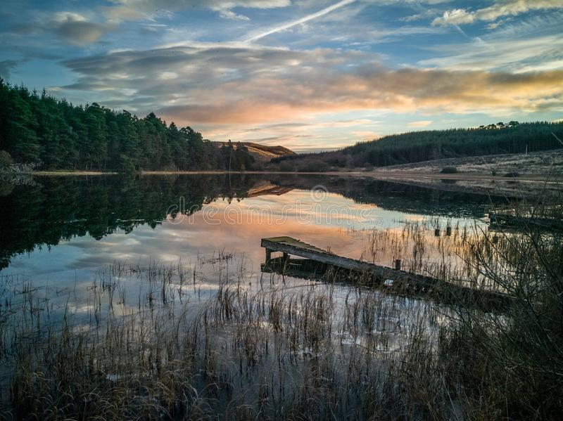 Lever de soleil écossais de loch photos libres de droits