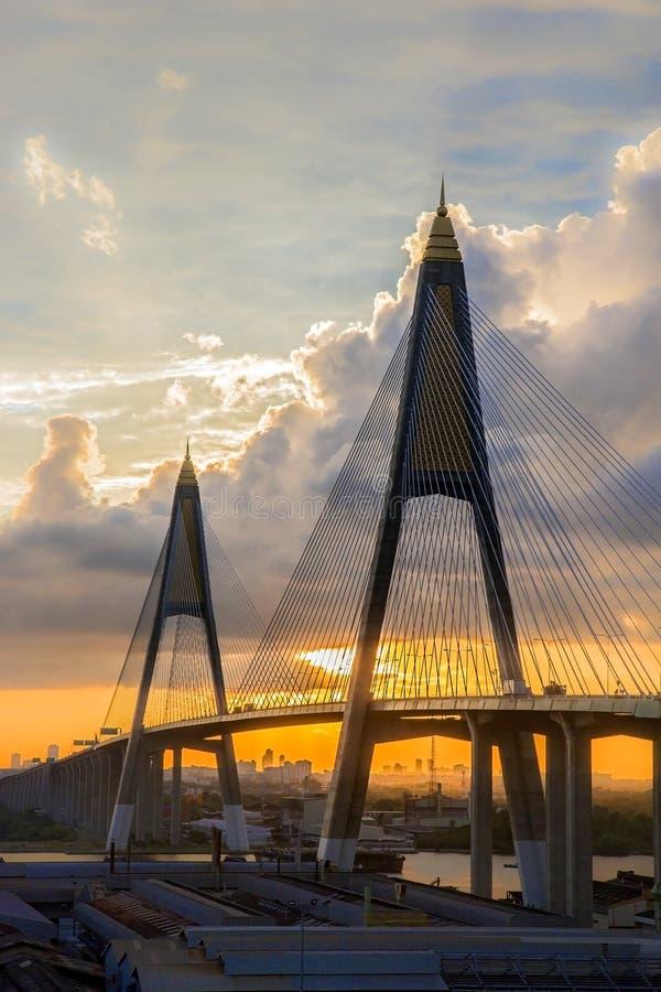 Lever de soleil au-dessus de Bangkok image stock