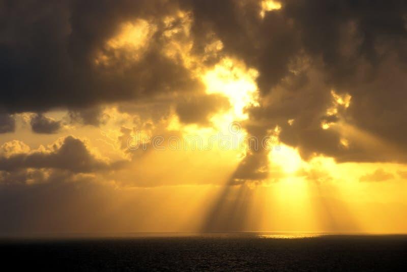 Lever de soleil au-dessus du Panama photos stock
