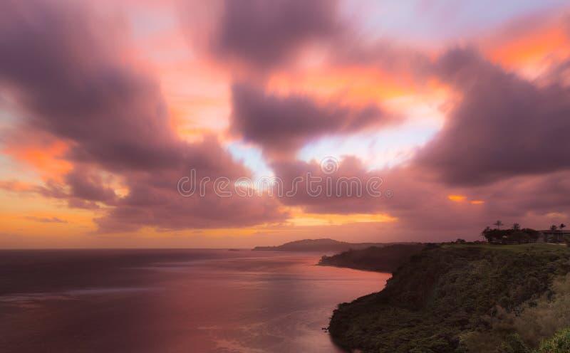 Lever de soleil au phare de Kilauea dans Kauai image stock