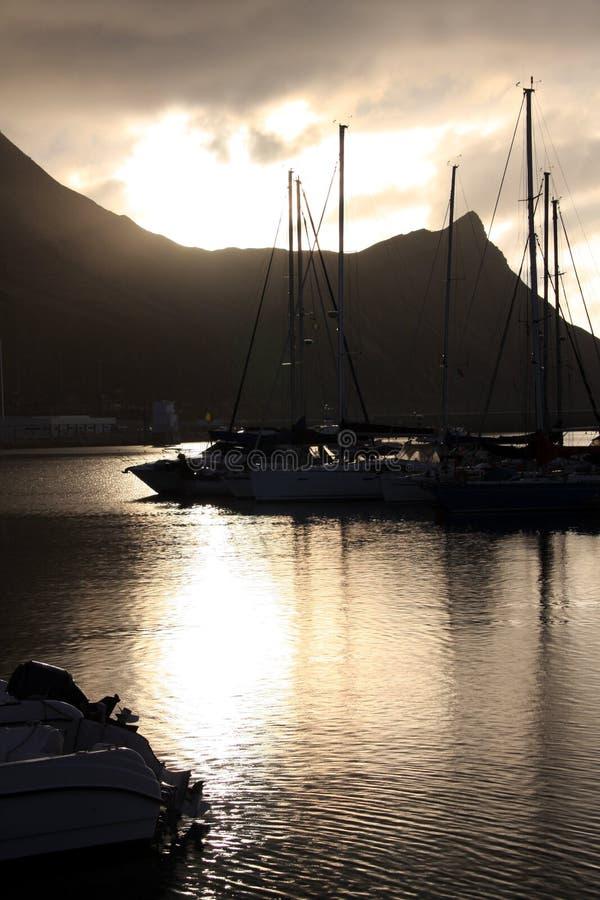 Lever de soleil au port de Porto Santo photographie stock libre de droits