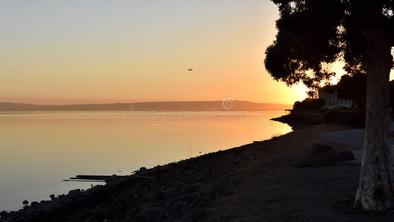 Lever de soleil - BD. d'aéroport, San Francisco images stock