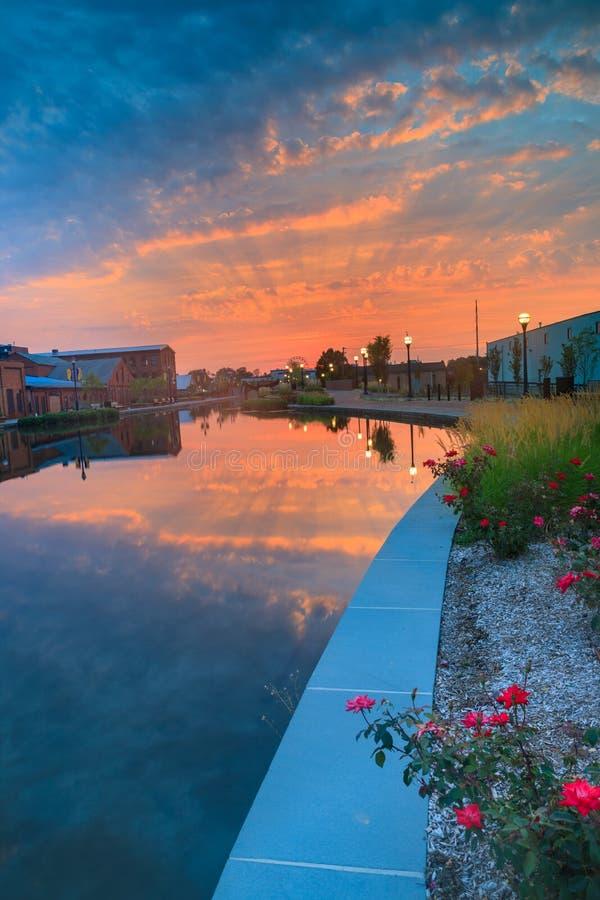 Lever de soleil Carroll Creek Park Frederick Maryland photos libres de droits