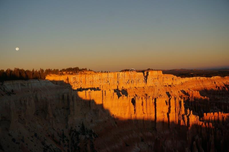 Lever de soleil chez Bryce Canyon, Utah photographie stock