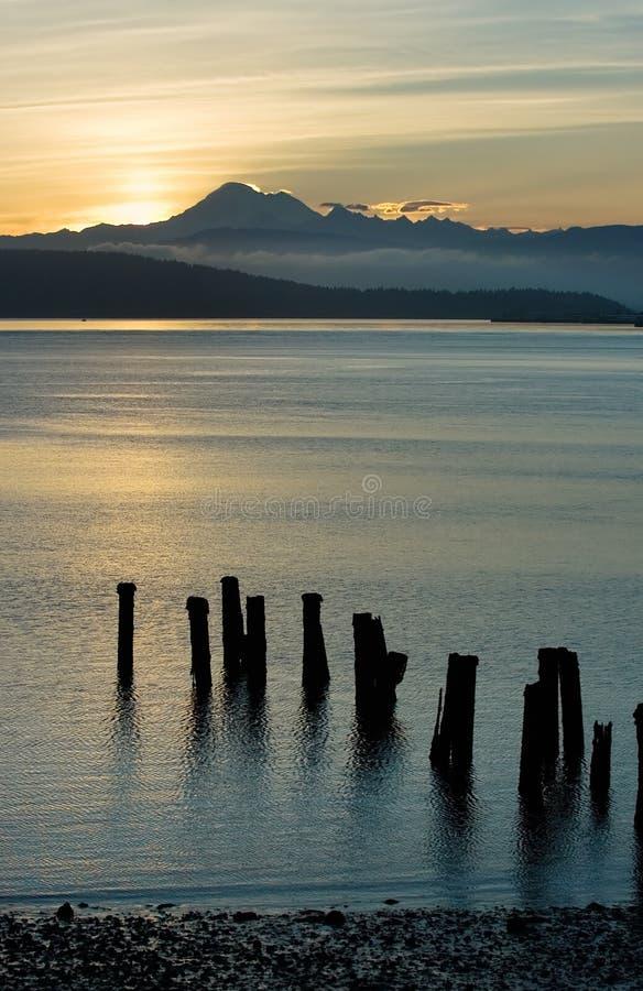 Lever de soleil dans Anacortes, Washington images libres de droits