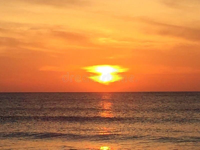 Lever de soleil dans l'orange de la Caroline du Nord images stock