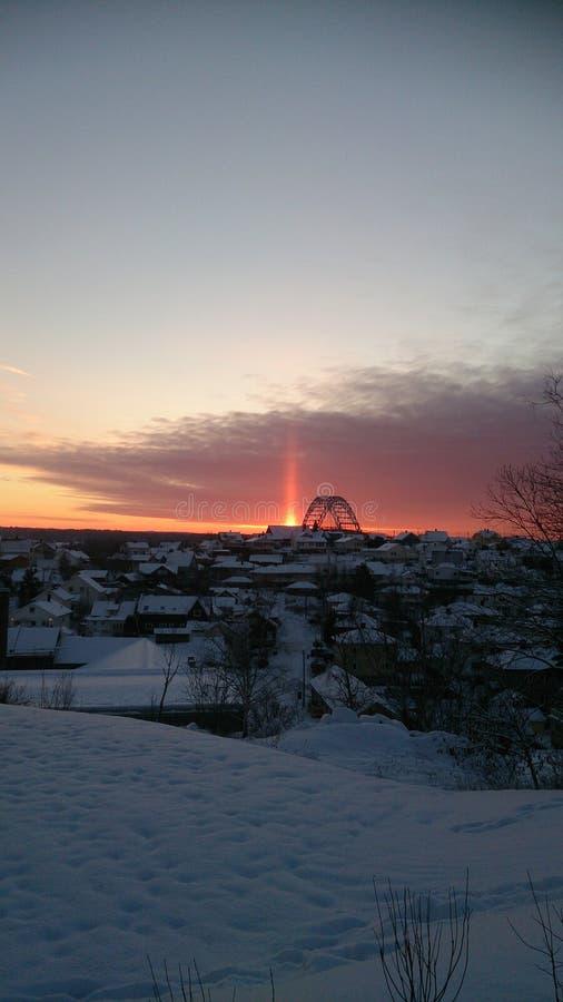 Lever de soleil de brige de Fredrikstad images libres de droits