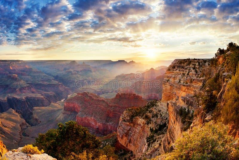 Lever de soleil de canyon grand photos libres de droits