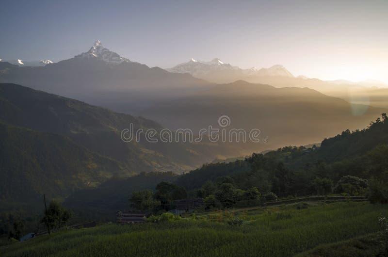 Lever de soleil de Dhampus photographie stock