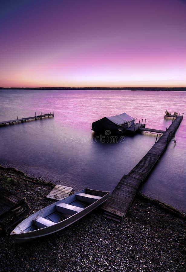 Lever de soleil de lac photos stock