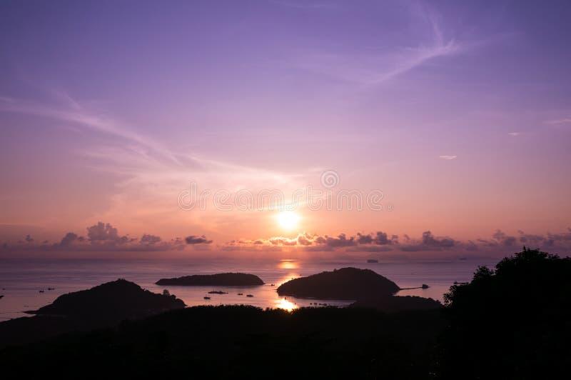 Lever de soleil de Panwa photo libre de droits