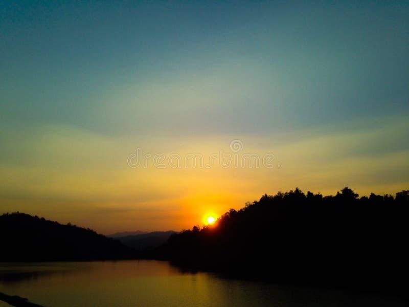 Lever de soleil de silence photo stock
